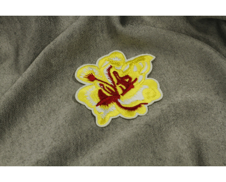 Цветок желтый декоративный
