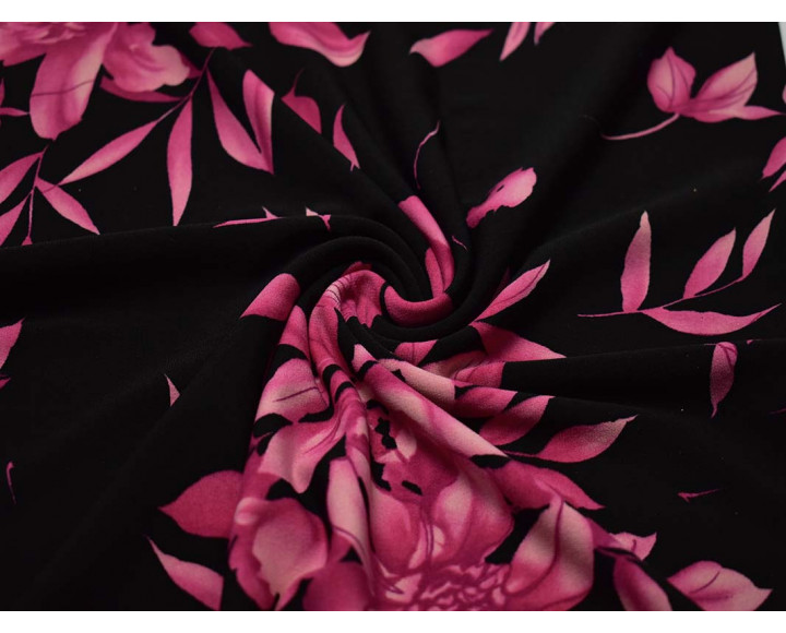 Трикотаж черный с розовыми цветами 00141