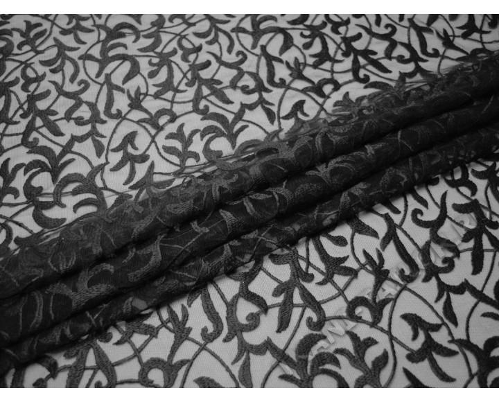 Сетка с вышивкой черные листья